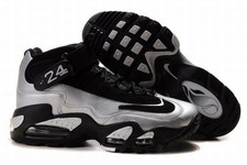 Nike-air-griffey-max-1-men-shoes-006-01_large