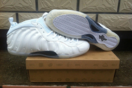 Cleat-nike-air-foamposite-one-01-001-white-out-whitesummit-white-metallic-silver