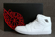 Bulls-jordanshoes-photo-cheap-jordan-1-nike-sneakers-001-01-mid-white-shop