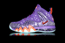 Nike-barkley-posite-max-009-01-glow-phoenix-suns-court_purple-team_orange_large