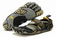 Women-vibram-five-fingers-komodosport-black-gold-grey-shoes-01