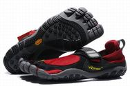 Vibram-fivefingers-treksport-black-red-shoes-mens-01