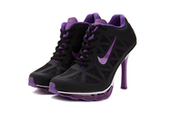 Martlocker-gamesite-womens-nike-air-max-2011-05-001-high-heels-black-purple