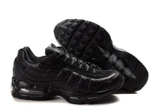 Nike-store-all-over-the-world-shop-nike-shoes-air-max-95-supreme-black-black-running-shoes_large