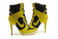 Nike-store-all-over-the-world-shop-nike-shoes-nike-dunk-sb-high-heels-003-01