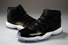 Fashion-sneaker-online-store-jordan-11-004-02-space-jam-black-varsity-royalblue-white_large